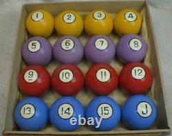 Antique/Pool/Brunswick/Billiard Clay Poker Pool Ball Set With Wooden Label Box