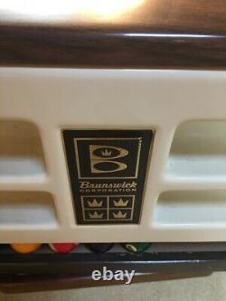Brunswick pool table 9' w Ball return & accessories, Green Felt, 1 3-pcs Slate