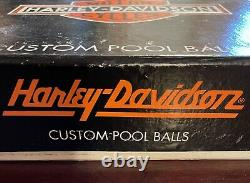 Harley Davidson Collectible Vintage Full Size Billiard Pool Ball Set B&S